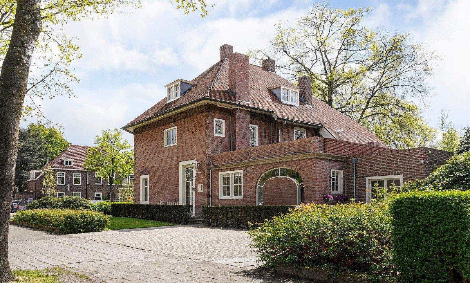 Tilburg, Burgemeester Rauppstraat 2