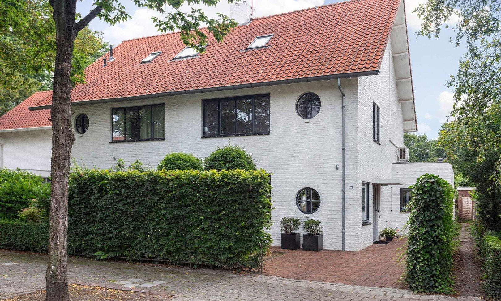 Tilburg, Burgemeester van Meursstraat 22